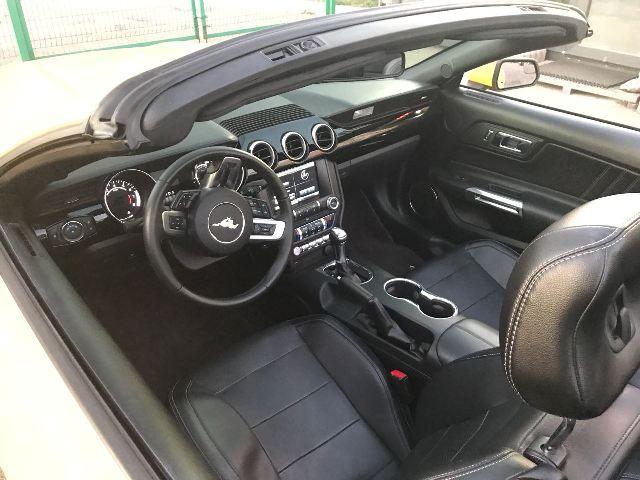 Форд Мустанг GT салон