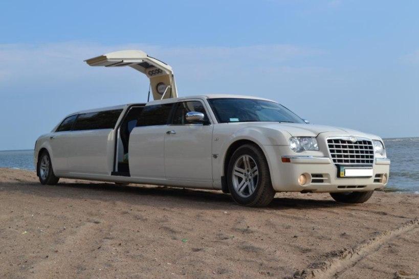 крайслер лимузин на свадьбу