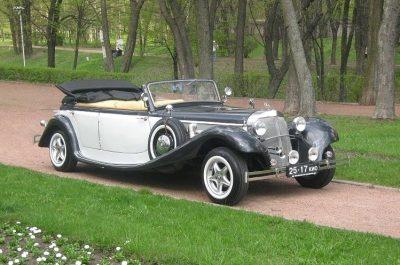 ретро автомобиль мерседес 540 К