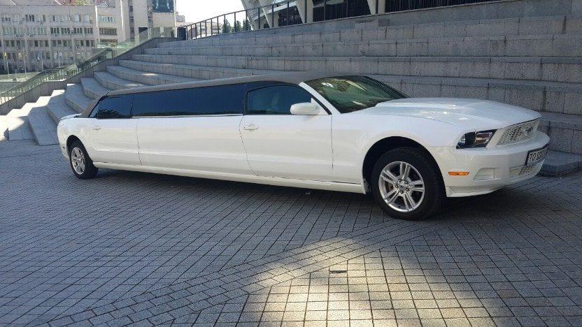 свадебный лимузин форд мустанг