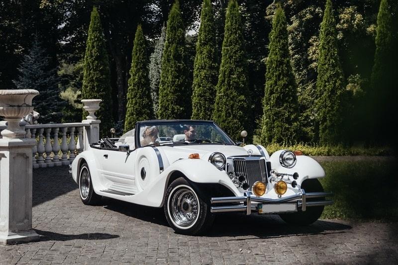 белый mitsuoka dore аренда на свадьбу