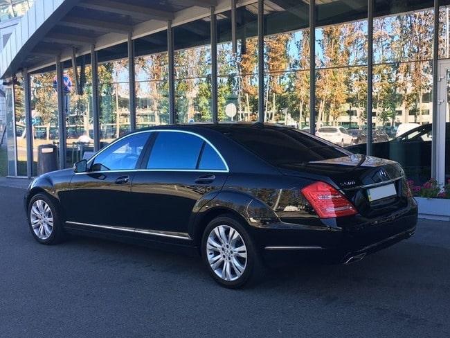 заказать Мерседес w221 S500L AMG на свадьбу
