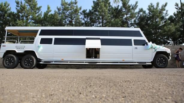 аренда лимузин мега хаммер на свадьбу киев
