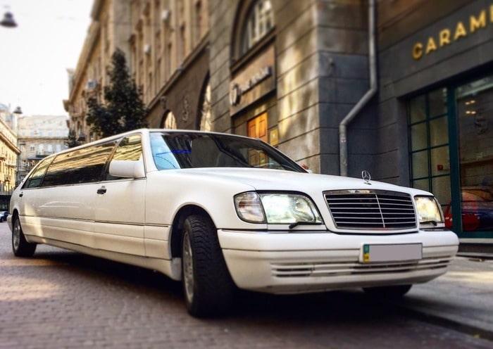 Лимузин Mercedes w140 S класс на свадьбу, выпускной, день рождения